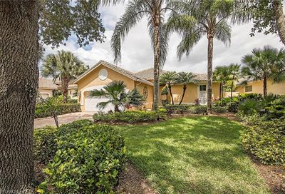 25043 Pinewater Cove Ln Bonita Springs FL 34134