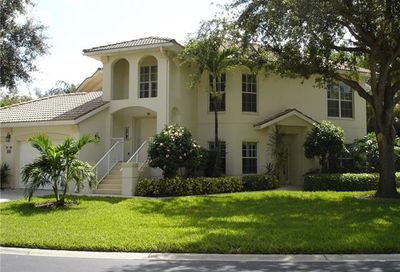1090 Egret's Walk Naples FL 34109