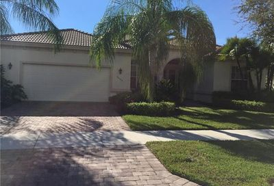 9005 Maverick Ct Naples FL 34113