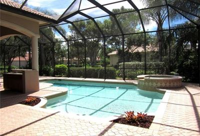 5923 Barclay Ln Naples FL 34110