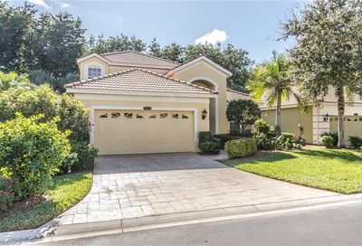 8824 Ventura Way Naples FL 34109