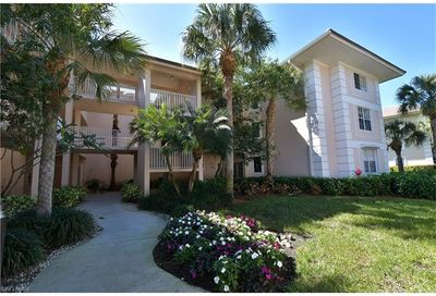 760 Waterford Dr 204 Naples FL 34113