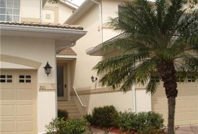 3959 Bishopwood Ct W 9-201 Naples FL 34114