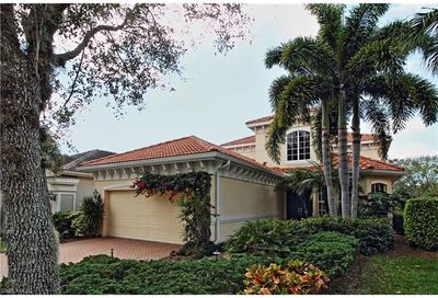 9213 Troon Lakes Dr Naples FL 34109