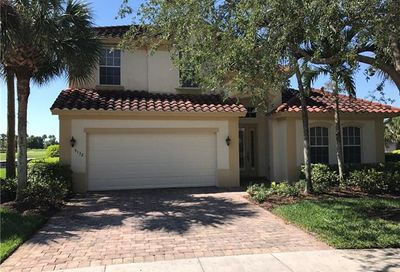 9132 Crystal Ct Naples FL 34120