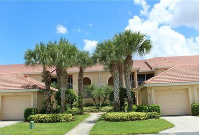 2820 Cypress Trace Cir Naples FL 34119