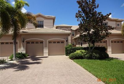 802 Regency Reserve Cir Naples FL 34119