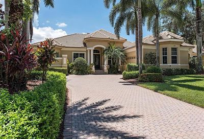 5888 Marble Ct Naples FL 34110