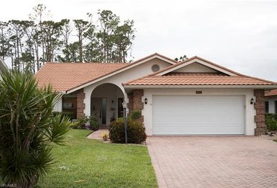 493 Countryside Dr Naples FL 34104