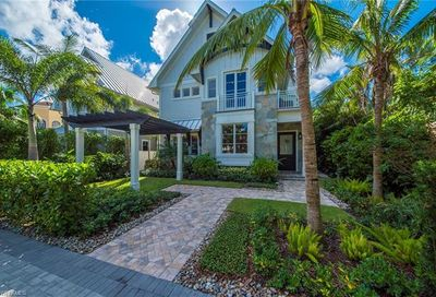 434 3rd Ave S Naples FL 34102