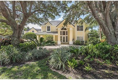 8010 Vera Cruz Way Naples FL 34109
