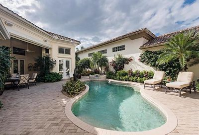 1039 Grand Isle Dr Naples FL 34108