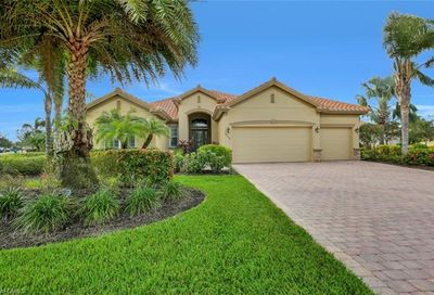 9738 Nickel Ridge Cir Naples FL 34120