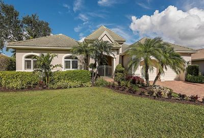 5942 Barclay Ln Naples FL 34110