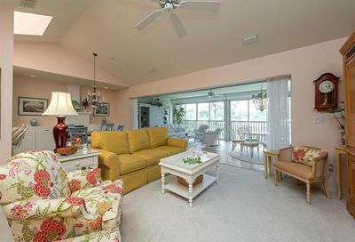 760 Waterford Dr Naples FL 34113