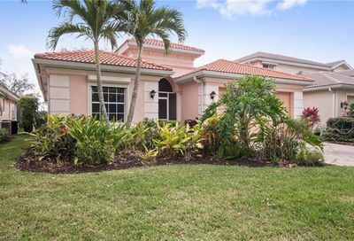 5560 Lago Villaggio Way E Naples FL 34104