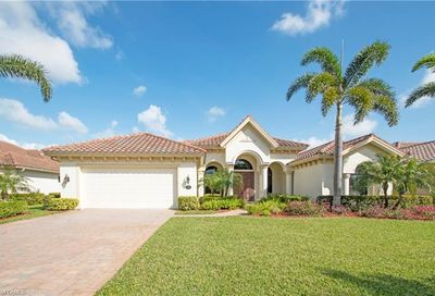 922 Tivoli Ct Naples FL 34104