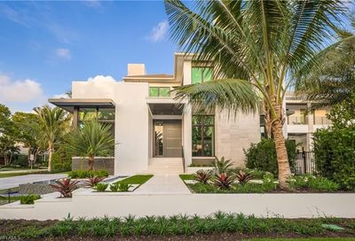 333 Gulf Shore Blvd S Naples FL 34102