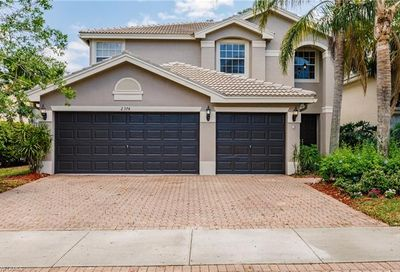 2374 Butterfly Palm Dr Naples FL 34119