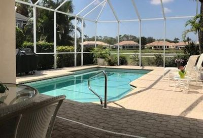 8637 Gleneagle Way Naples FL 34120