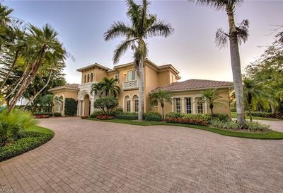 6369 Highcroft Dr Naples FL 34119