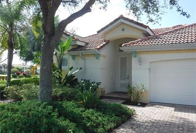 3432 Sandpiper Way Naples FL 34109