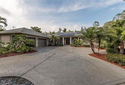 5385 Palmetto Woods Dr Naples FL 34119