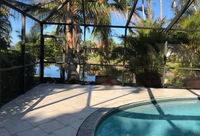 183 Palm View Dr Naples FL 34110