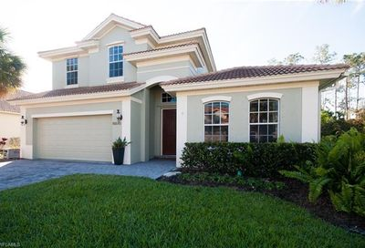 15570 Vallecas Ln Naples FL 34110