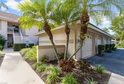 1064 Manor Lake Dr Naples FL 34110