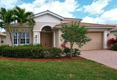 5575 Lago Villaggio Way Naples FL 34104