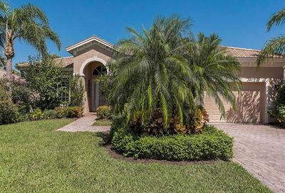 9000 Maverick Ct Naples FL 34113