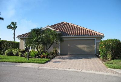 2797 Amberwood Ln Naples FL 34120