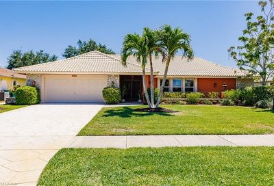 2212 Kings Lake Blvd Naples FL 34112