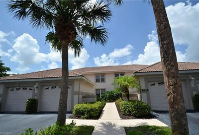 1032 Manor Lake Dr Naples FL 34110