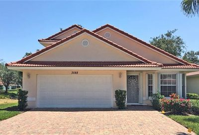 3588 Corinthian Way Naples FL 34105
