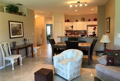 220 Vintage Cir Naples FL 34119-4766