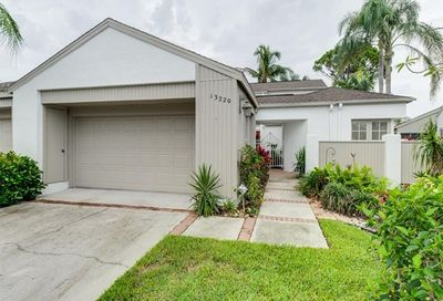 13220 Wedgefield Dr Naples FL 34110