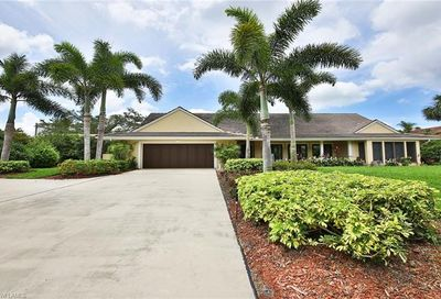 802 Buttonbush Ln Naples FL 34108