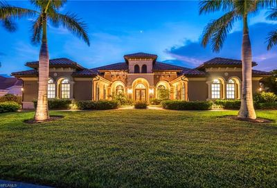 7507 Hogan Ct Naples FL 34113