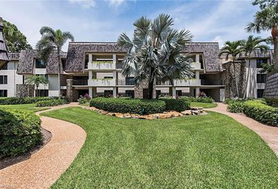 100 Tall Pine Ln Naples FL 34105