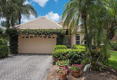 9093 Troon Lakes Dr Naples FL 34109
