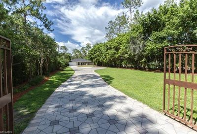 5171 Teak Wood Dr Naples FL 34119