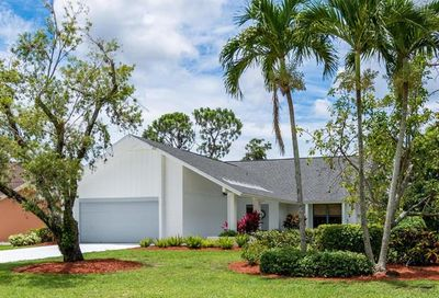 2401 Kings Lake Blvd Naples FL 34112