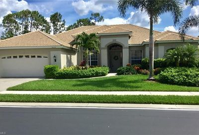 8529 Gleneagle Way Naples FL 34120