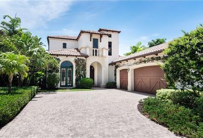 1548 Marsh Wren Ln Naples FL 34105