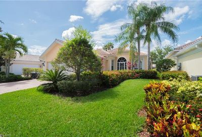 5300 Hawkesbury Way Naples FL 34119