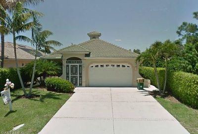 605 105th Ave N Naples FL 34108