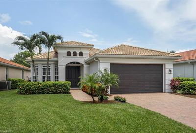 5587 Lago Villaggio Way Naples FL 34104