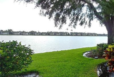 2712 Sailors Way Naples FL 34109